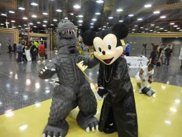 King Mickey Vs Godzilla by Vqstudios