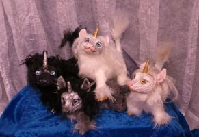 Unicornlettes Posable Art Dolls by Eviecats