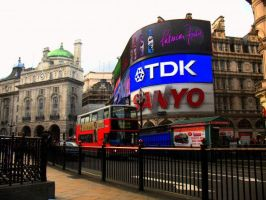 Piccadely Circus by pilka3331