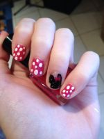 Minnie Mouse nails by CutieTasja