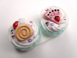 Contact Lense Case Pink Cake by Jin-ju