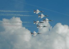 USAF THUNDER BIRDS by rustyshutter