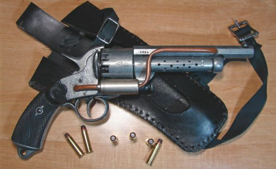 Steampunk Revolver by Airesyll