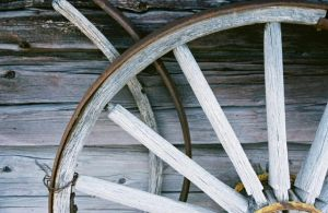 Wagon Wheel by BeckaMarr