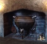 The Leaky Cauldron by Starrphyre