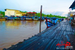 sungai_kakap_riverside_dock_by_dejivrur-