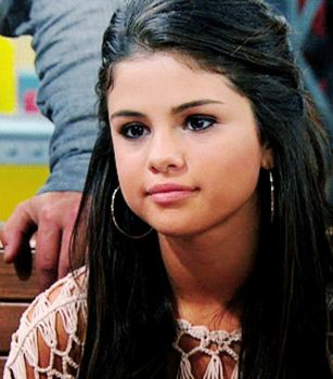 GIF Alex Russo (Click Para ver) by RosiiEditions