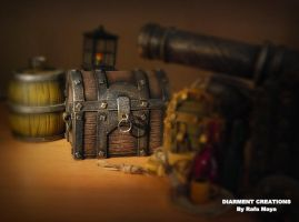 miniature chest handmade by Diarment