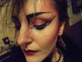 80s inspired make-up. by Floriepoemeister