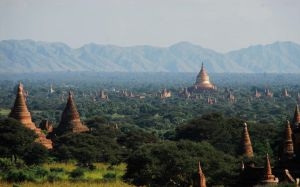 Myanmar - Temples Of Bagan1 by sevenths