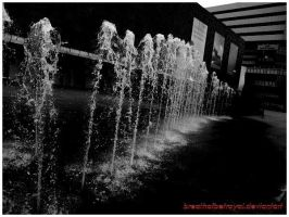 Black and White Fountain. by breathofbetrayal