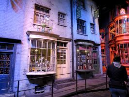 diagonally film set  harry potter studio tour by Sceptre63