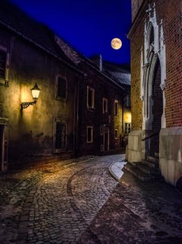 the old town at night by marrciano