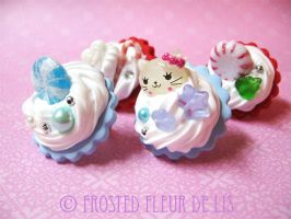 Winter Themed Deco Rings by FrostedFleurdeLis