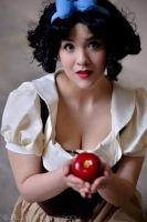 Snow White: I Wish by Riicreations