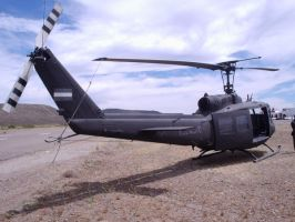UH-1H AE 457 by DingoPatagonico