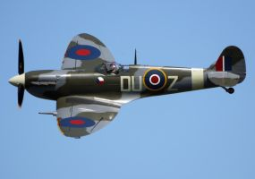 Spitfire Mk5c Flyby by shelbs2