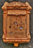 Old Mailbox by JoelRemy222