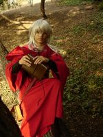 Raistlin: reading by thenumber42