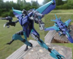 Decepticon Espionage expert Slipstream by lovefistfury
