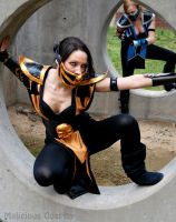 Female Scorpion and Female Sub Zero Cosplay by Malicious-Cosplay