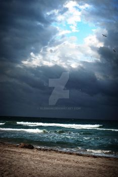 Storm Brewing by albinoni