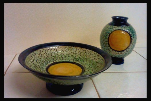 Dragon scale jar and bowl by griffinlady