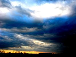 Turbulent Sky by ToeTag