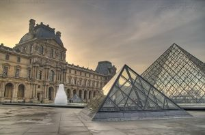 Les Pyramides Du Louvre by darkcalypso