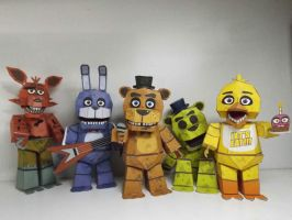 Five Nigths at Freddy's papercraft by Adogopaper