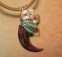 Turquoise Wolf - Real Wire Wrapped Wolf Claw by MorRokko