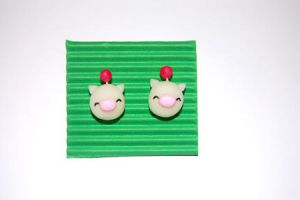 Moogle earrings by knil-maloon