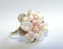 Pearl cluster ring by CrysallisCreations