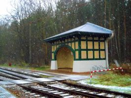 Tram Shelter by RatteMacchiato