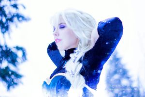Elsa by demonic-black-cat