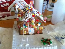 gingerbread house by gailagj