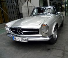 Mercedes 280 SL Automatic by someoneabletofindana