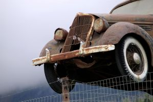 Over the Fence: Hazzard Style by DeaconStrucktor