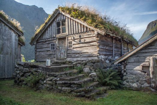 Norwegian house by audunrb