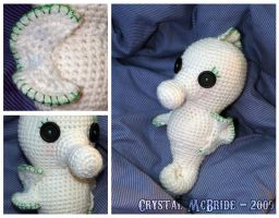 Snowflake the Seahorse by chickygrrl