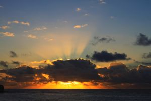 poipu sands sunset by snoboarderEm