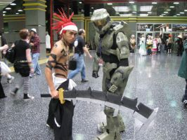 Master Chief's new body guard by AceLK