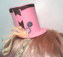 SteamPunk Mini Top Hat -pink- by Kaleidoscopic-Yarn