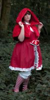 Little Red Riding Hood cosplay by narutine
