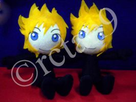 Twin Roxas Plushies by rctan9