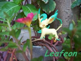 My Leafeon Miniature by laralissia