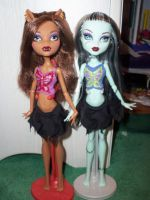 Frankie and Clawdeen by badromance123
