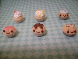 Cute cupcake charms! by AliceCharms