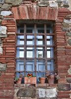 Window with pots by seianti