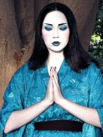 Geisha in blue by scarlet-moon1